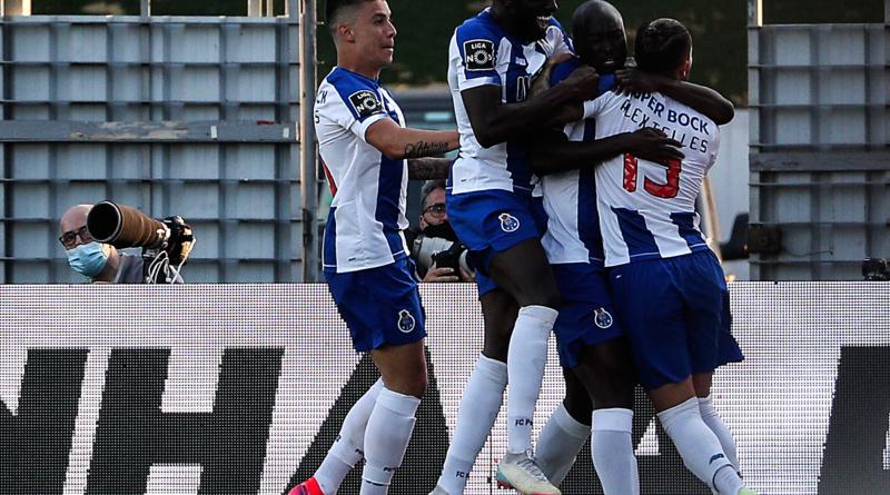 Primeira Liga: Danilo fejese, Marega lövése, bajnok lett a Porto!