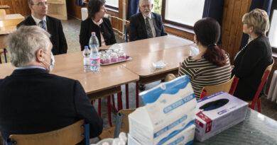 Rendkívüli döntést hozott a kormány: 500 ezer forinttal jutalmaz több ezer pedagógust