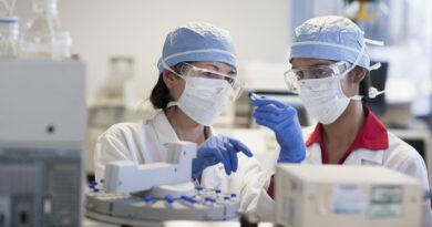 Koronavírus: világszerte már közel 27 millió fertőzöttet azonosítottak