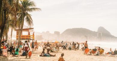 Beengednék Rióban a nézőket a focimeccsekre, hátha kevesebben lesznek a strandon