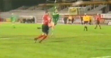 """Videó: """"és egy óriási gól"""" – amikor félfordulatból tüzelt a ferencvárosi ász"""