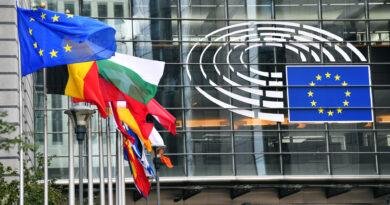 Az Európai Parlament megszavazta az üvegházhatású kibocsátások durva visszavágását
