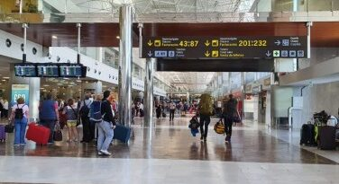 Koronavírus – Egységes járványügyi ellenőrzéseket szorgalmaznak az európai reptereken