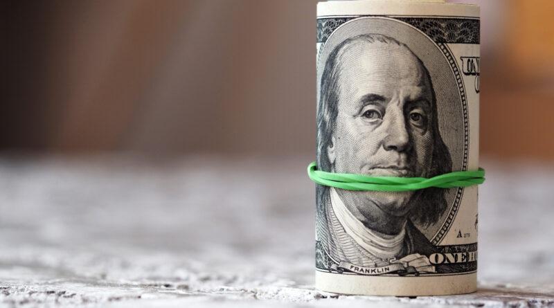 A dollárba menekülnek a befektetők, nem kell se az arany, se a bitcoin
