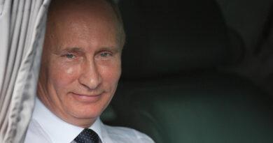 Csúcson az orosz járvány, de Putyin szerint nem kell lezárás, hatékonyak az eddigi intézkedésések