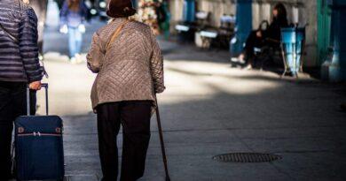 Egy kitartó özvegy legyűrte a nyugdíjfolyósítót