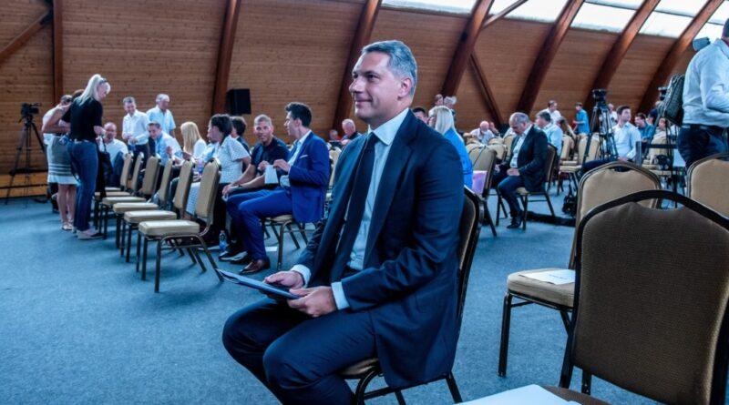 Lázár János: meghatározó fideszes politikusok is elhitték, hogy a párt átvételére készülök