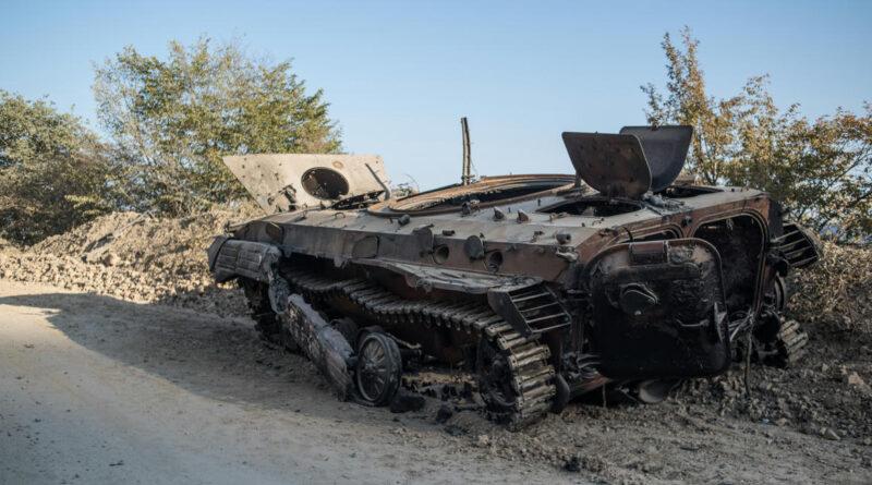 A Reuters szerint heves azeri ágyútűz alatt van Hegyi-Karabah fővárosa
