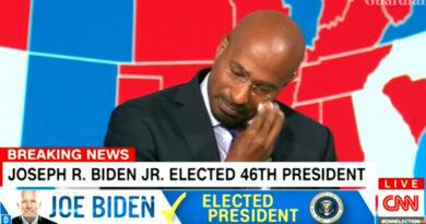 """""""Mától könnyebb lett szülőnek lenni"""" – könnyezve fogadta a CNN elemzője Biden győzelmét"""