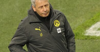 Dortmund: már nem Favre a klub vezetőedzője – hivatalos