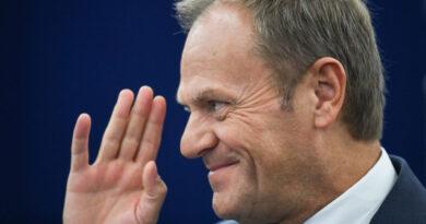 Donald Tusk: A Fidesz egyszerűen nem illik a családunkba
