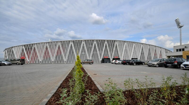 Még egymilliárd forintot adott a kormány a kisvárdai sportcsarnokra