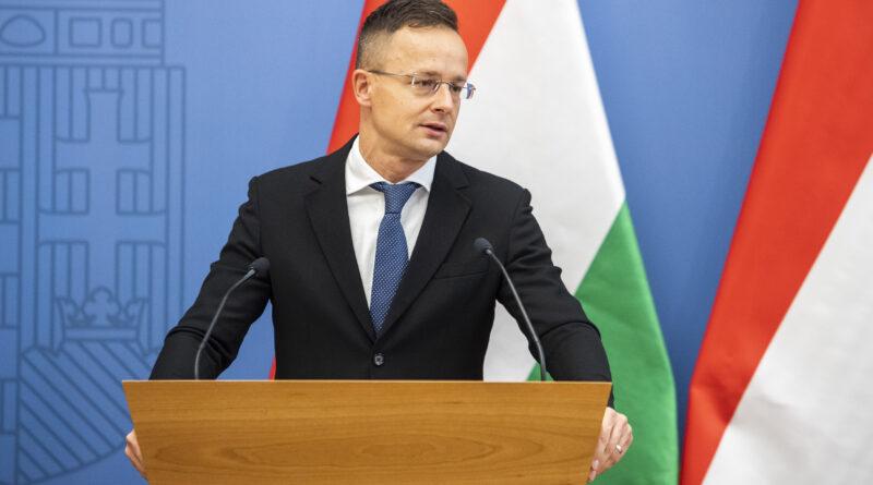 Száz lélegeztetőgépet adományozott a kormány a vajdasági magyaroknak