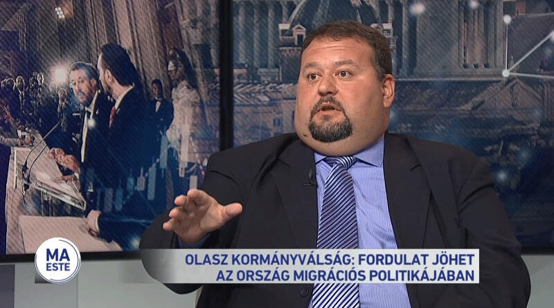 A kiszivárgott köztévés felvételről kérdezte volna a Közszolgálati Testületet, pártpolitizálásért dorgálták meg az ellenzéki delegált kurátort