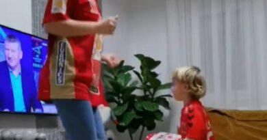 Hihetetlenül aranyosan szurkolt Lékai Máté kisfia a Telekom Veszprémnek
