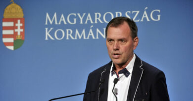 Szlávik: A jelenlegi helyzet nem tesz lehetővé enyhítéseket karácsonyra