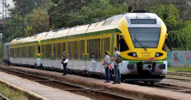 Elgázolt egy embert a vonat Pinnyén