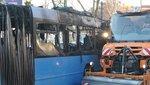 Brutális fotók érkeztek az Óbudán leégett buszról