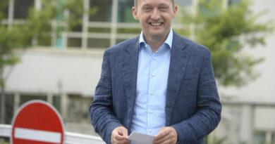 Rogán Antal apósa 750 ezer forintért vásárolta be magát egy cégbe, ami 2,2 milliárdos uniós támogatást kapott