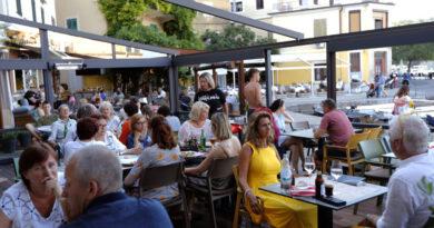 Májusban elkezdik beoltani a turizmusban dolgozókat Horvátországban