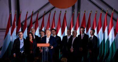 A 30 év alattiaknál is a Fidesz a legnépszerűbb párt, de a fiatalok többsége kormányváltást akar