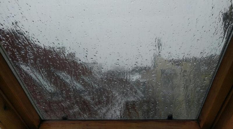 Ónos eső veszélye miatt adott ki figyelmeztetést az Országos Meteorológiai Szolgálat