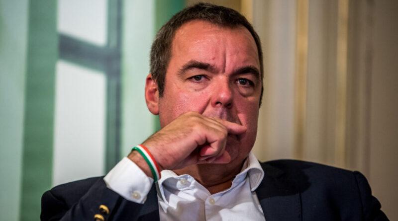 Múzeumi miniszteri biztos lesz L. Simon Lászlóból