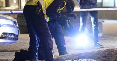Késsel támadott meg több embert egy fiatal férfi Svédországban