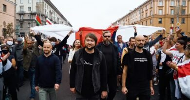 """""""Talán kapok egy golyót hátulról a fejembe"""" – így üzennek a belarusz zenészek a világnak, milyen az igazi rock and roll"""