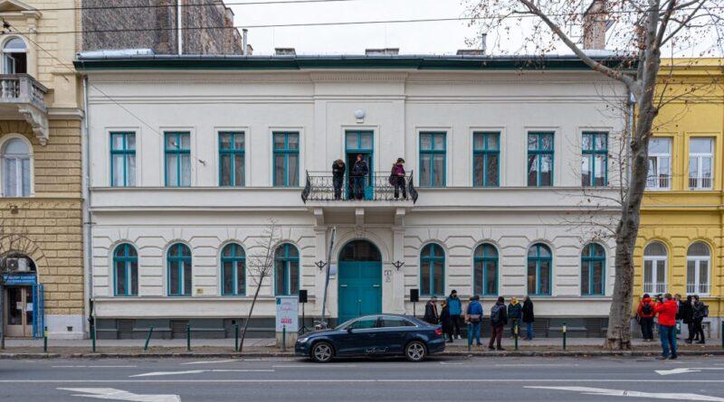 Nem fizet a tankerület, mégsem a Molnár Antal Zeneiskoláé az épület, amit a Freeszfe visszaadott