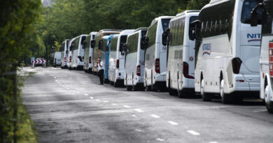Mégsem lesz turistabusz-parkoló a Mészáros utcában
