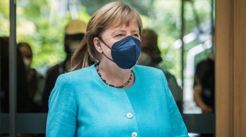 Merkelt aggasztja, hogy exponenciálisan nő a fertőzöttek száma
