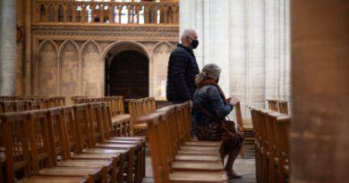 Nem lehet a Vatikánt perelni a papok által elkövetett bűncselekmények miatt